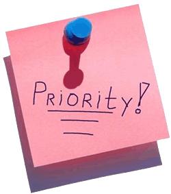 Приоритет - проработка идеи и определение потребностей